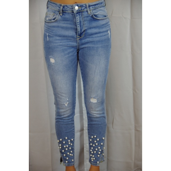 Zara Jeans with Pearls, great condition!